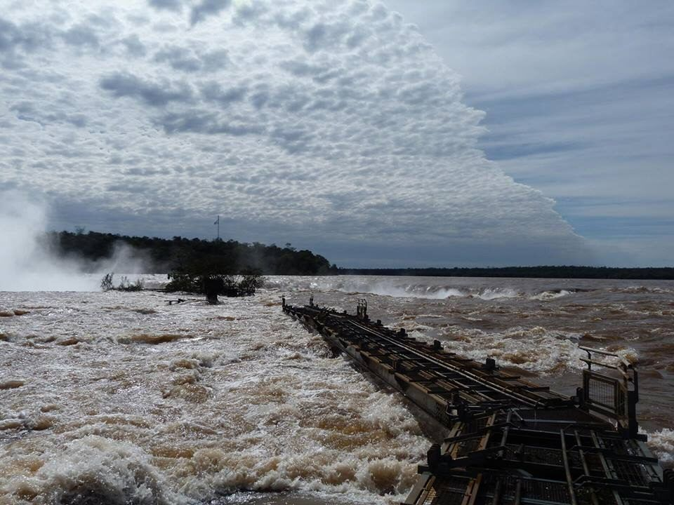 Semanal Clarín Hd Turistico Cataratas Del Iguazu Argentina