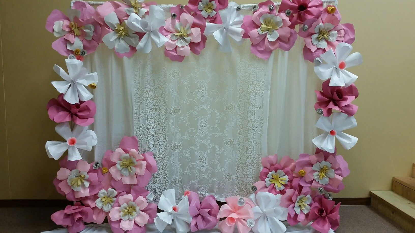 diy large paper flowers and diy pvc pipe backdrop stand