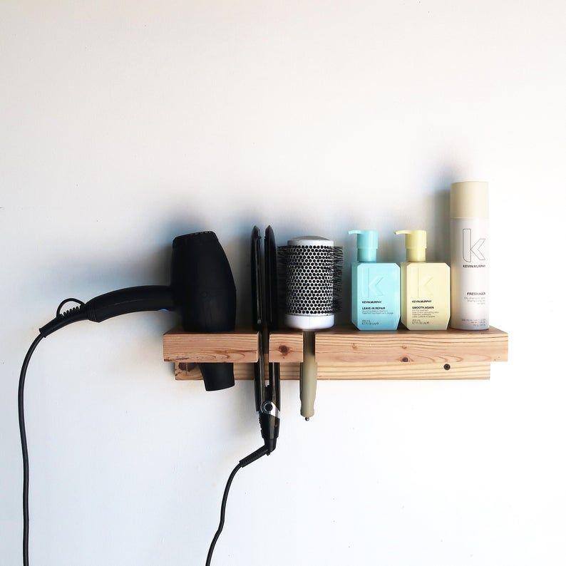 Porte Cheveux Sechoir A Cheveux Fr Etagere Etsy En 2021 Interieur De Salon De Coiffure Decoration Salon De Coiffure Salon De Coiffure