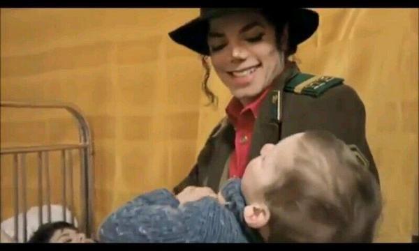 tickle tickle:D♥️