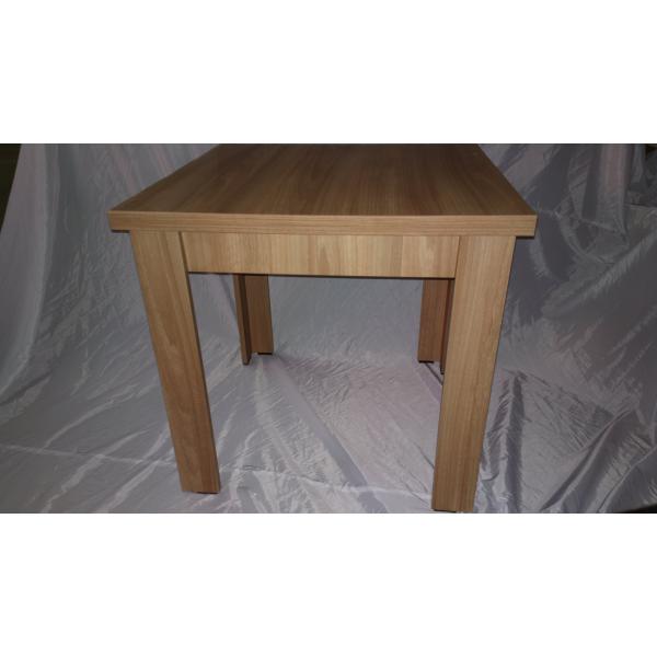 Tavoli in legno modello giove 4g robusti ed eleganti for Fabbrica tavoli in legno