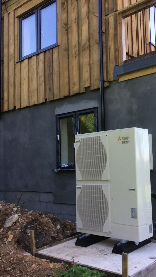 Mitsubishi Air Source Heat Pump in 2020 Heat pump