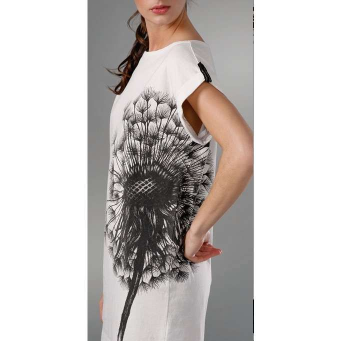 Radial Balance This Dress Shows Radial Balance Because Everything Radiates From The Central Point Of The Flower On The Dandelion Dress Dresses Radial Balance