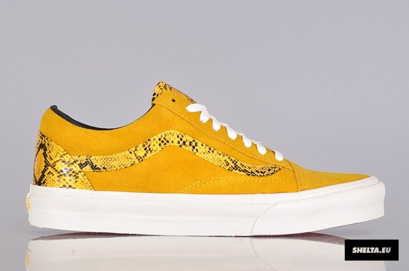0e36a41a04a Vans Old Skool Year of the Snake - Lemon Chrome