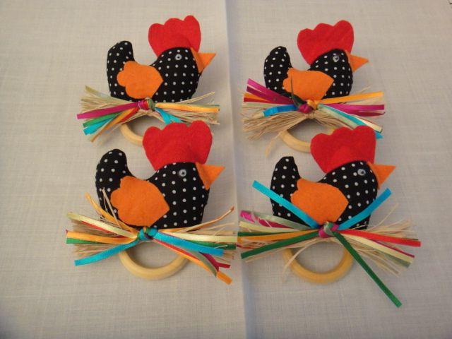 Dri Cavalvanti Craft Design: Porta guardanapo de galinha. Deixa a mesa alegre!!...