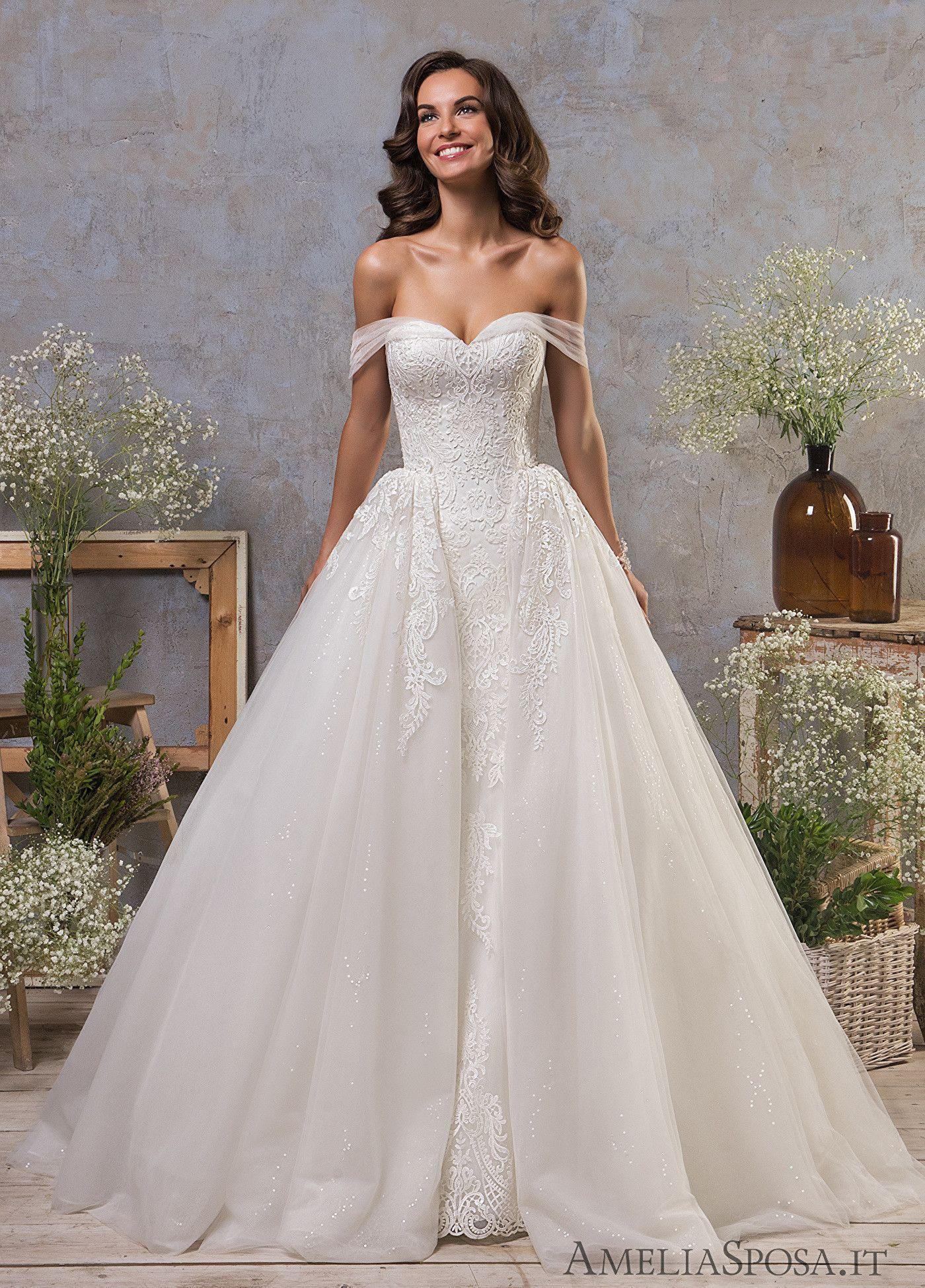 Wedding Dress Ines Ameliasposa Italianweddingdress Amelia Sposa Wedding Dress Flattering Wedding Dress Wedding Dresses Lace