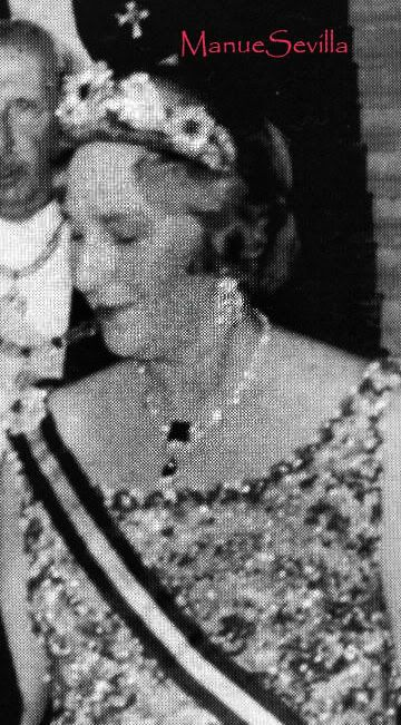 The floral tiara Cristina wore for that wedding looked as if it might have a few emeralds in it as well