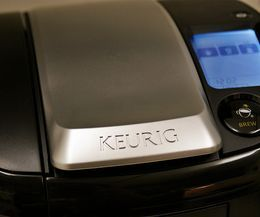 How To Drain Water Out Of The Keurig Coffee Pot Cleaners