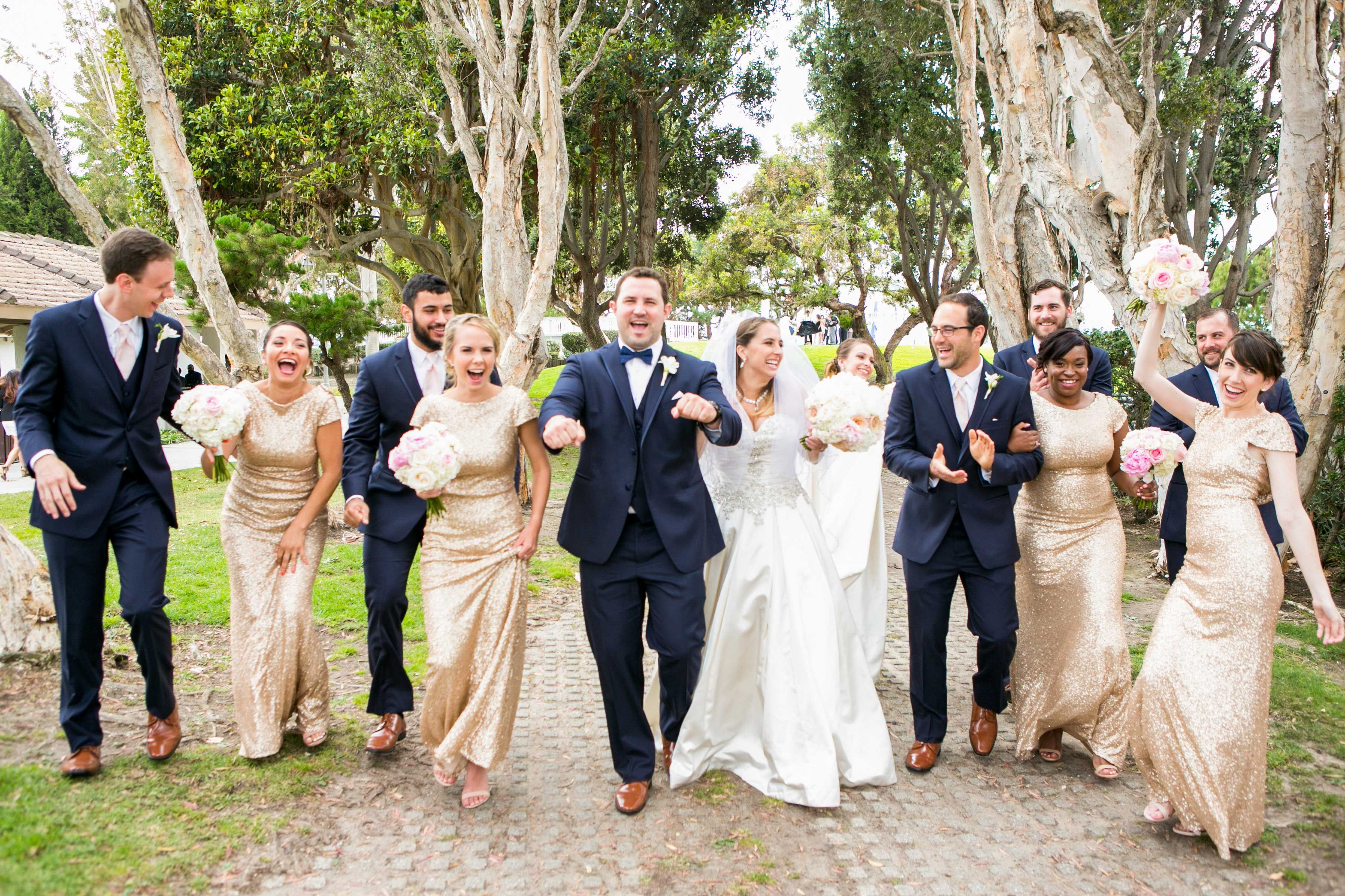 13 Poses To Showcase Your Bridal Party Wedding Party Poses Wedding Photography Bridal Party Groomsmen Poses