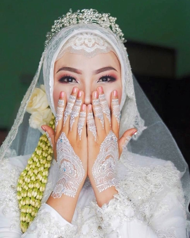 Flawless Make Up Tanpa Cukur Alis Simple Hijab For Akad Nikah Astriadewiluth Make Up Hija Bridal Veils And Headpieces Hijab Wedding Dresses Nikah Dress