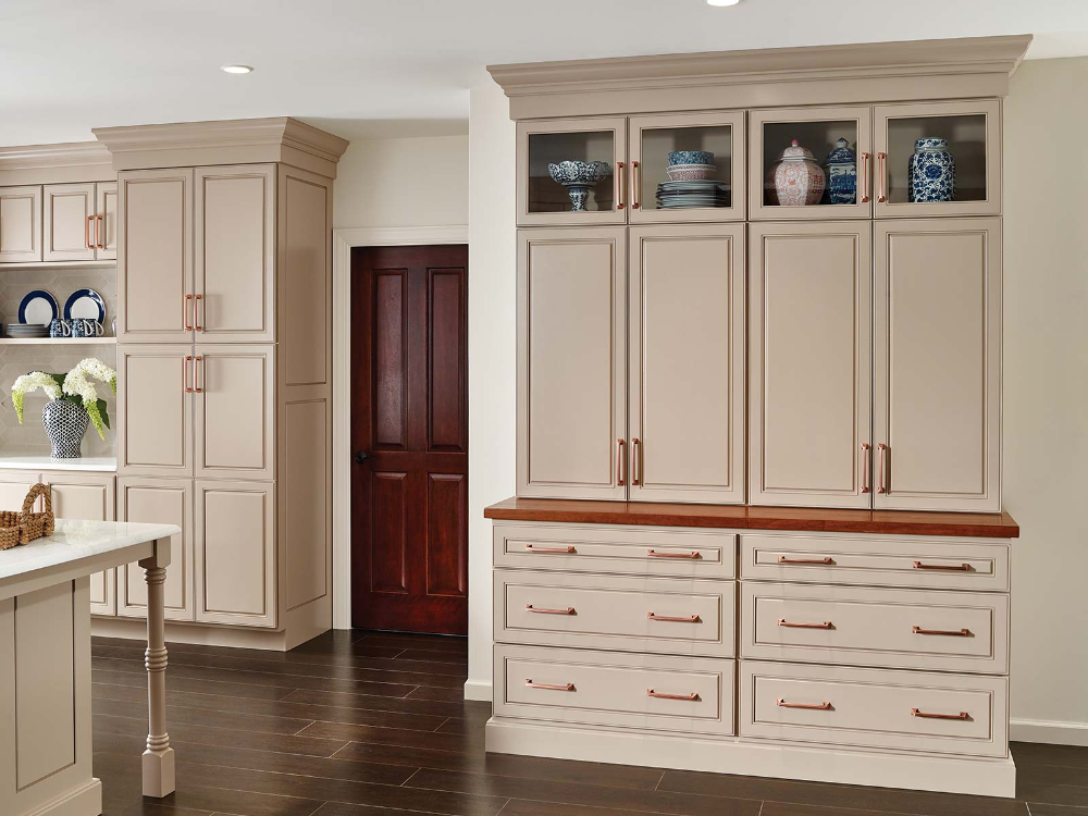 St James Kitchen Bertch Cabinets Made In The Usa Bertch Cabinets Cabinet Tall Cabinet Storage