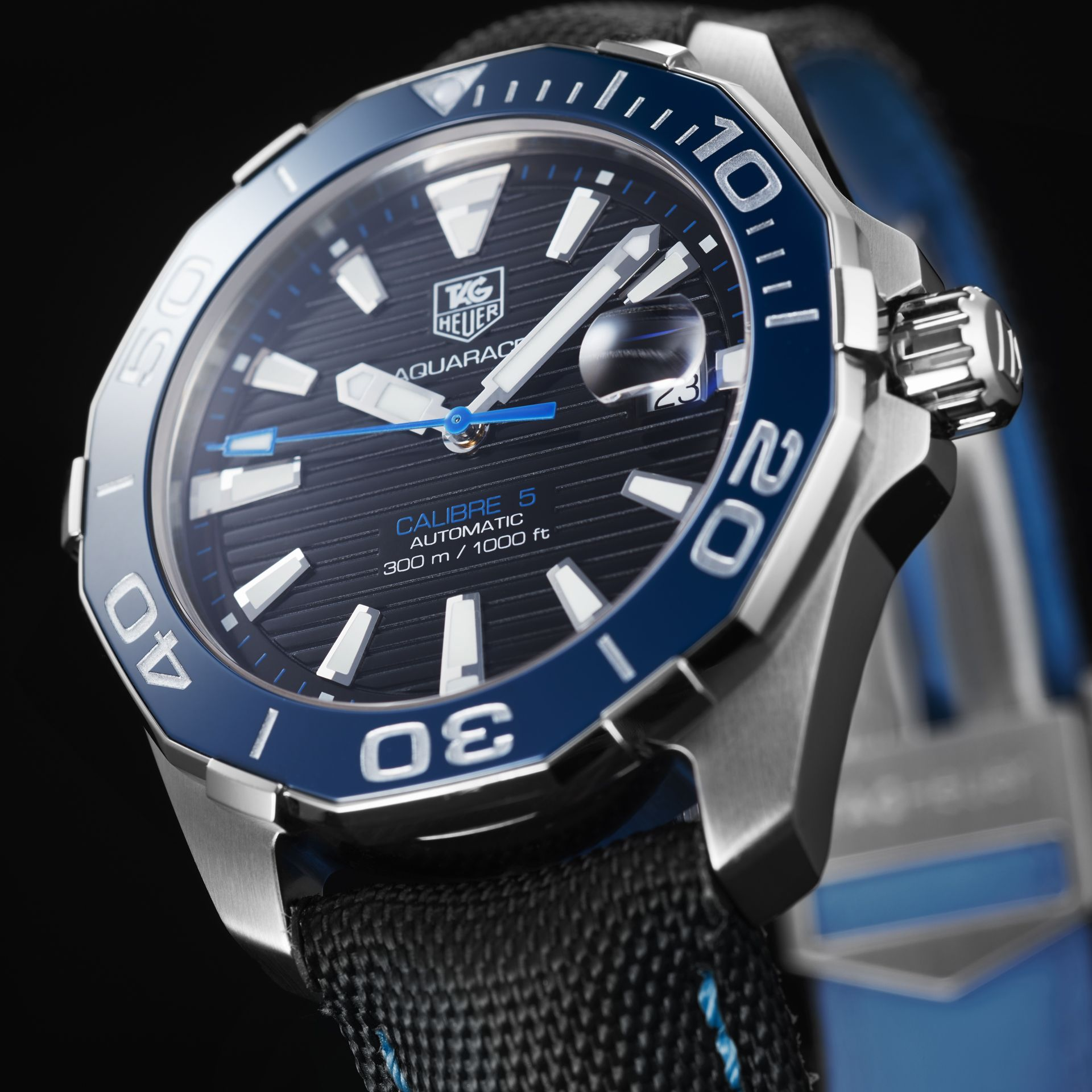Discover the TAG Heuer Aquaracer Calibre 5 Automatic Watch ...