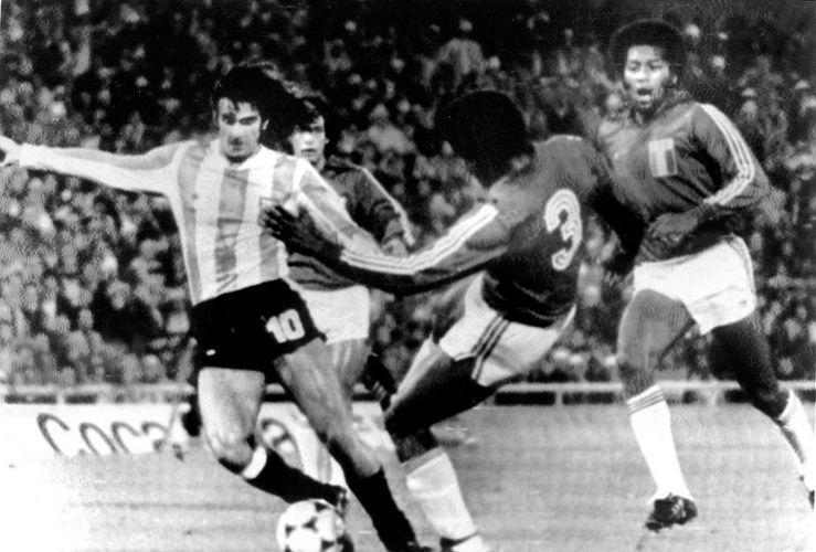 Uol Copa Do Mundo Veja Tudo Sobre Todas As Copas Futebol Soccer Mario Kempes Futebol