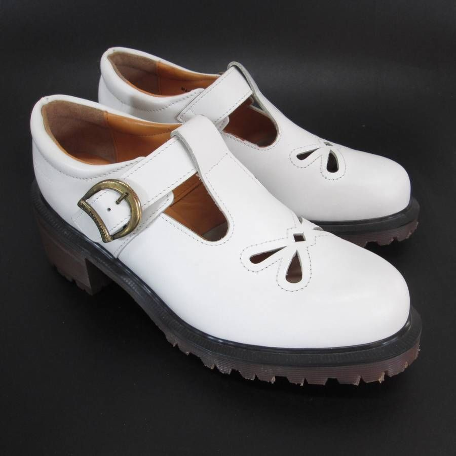 Dr Martens White T-Strap Mary Jane US 8 UK 6 Buckle Butterfly Chunky Heel