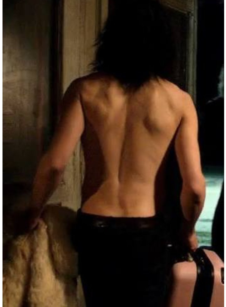 Tom hiddleston ass