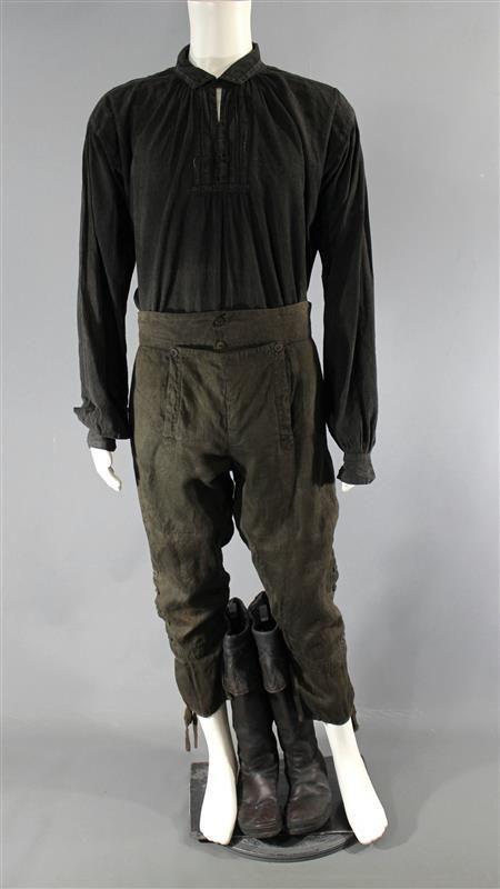BLACK SAILS CAPTAIN FLINT TOBY STEPHENS SCREEN WORN SHIRT PANTS ...