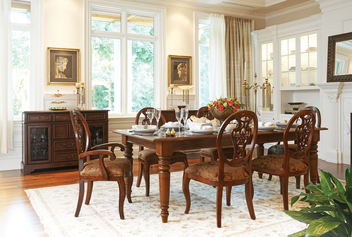 Island Estate Dining Table Mayfair Chairs