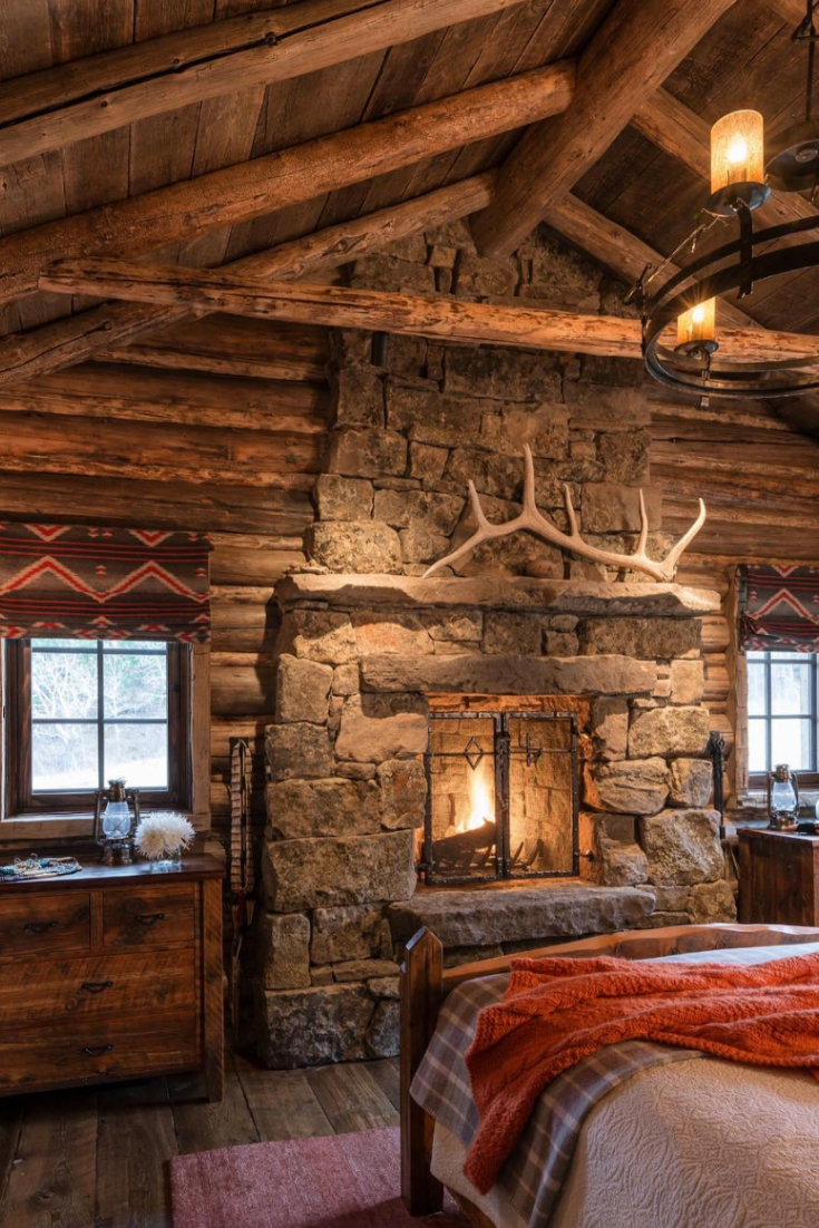 17 Amazing Rustic Fireplace Ideas Log Home Interiors Log Cabin Homes Log Home Interior
