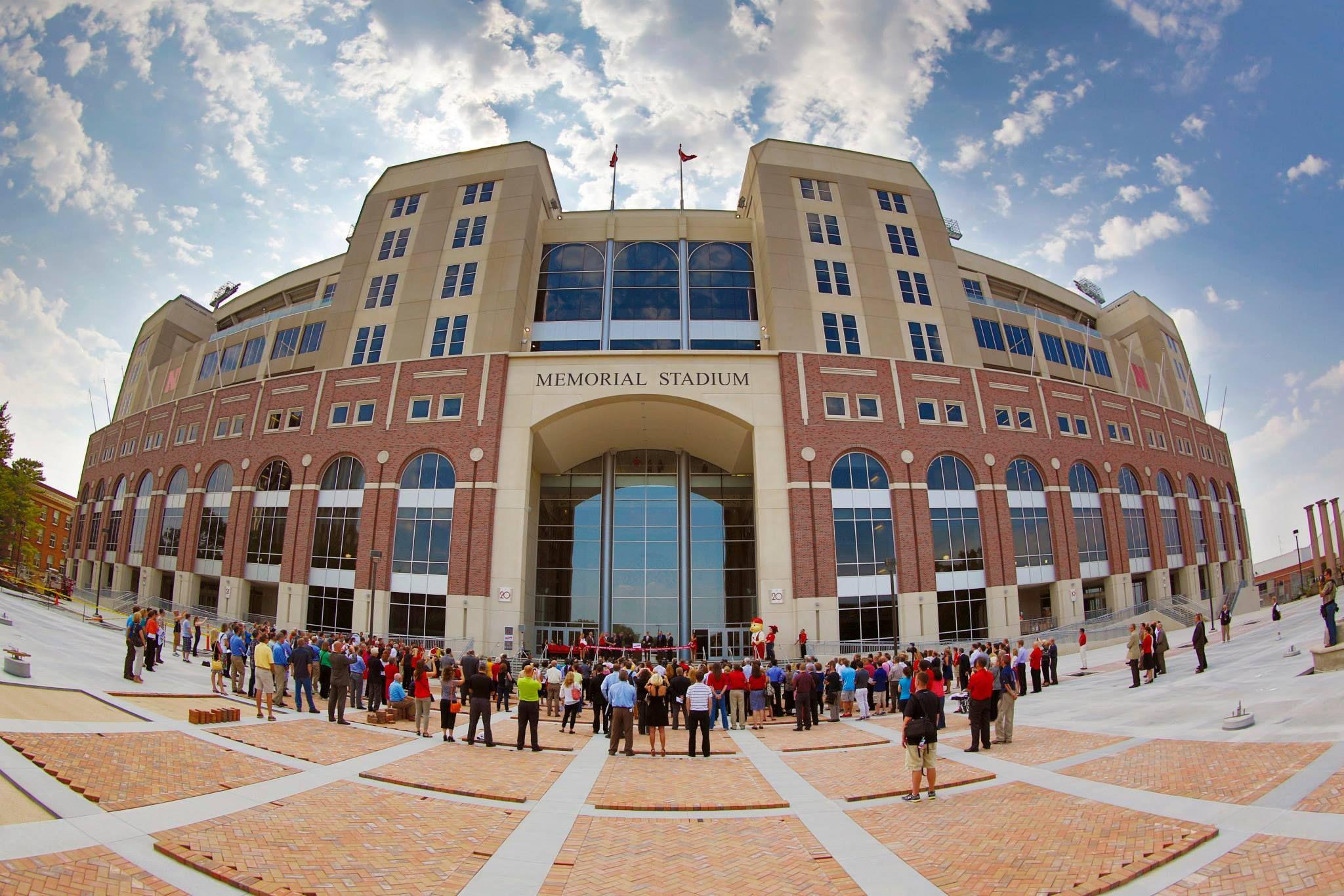 Memorial Stadium Gate 20 Lincoln Nebraska Sports Stadium Nebraska University Of Nebraska Lincoln