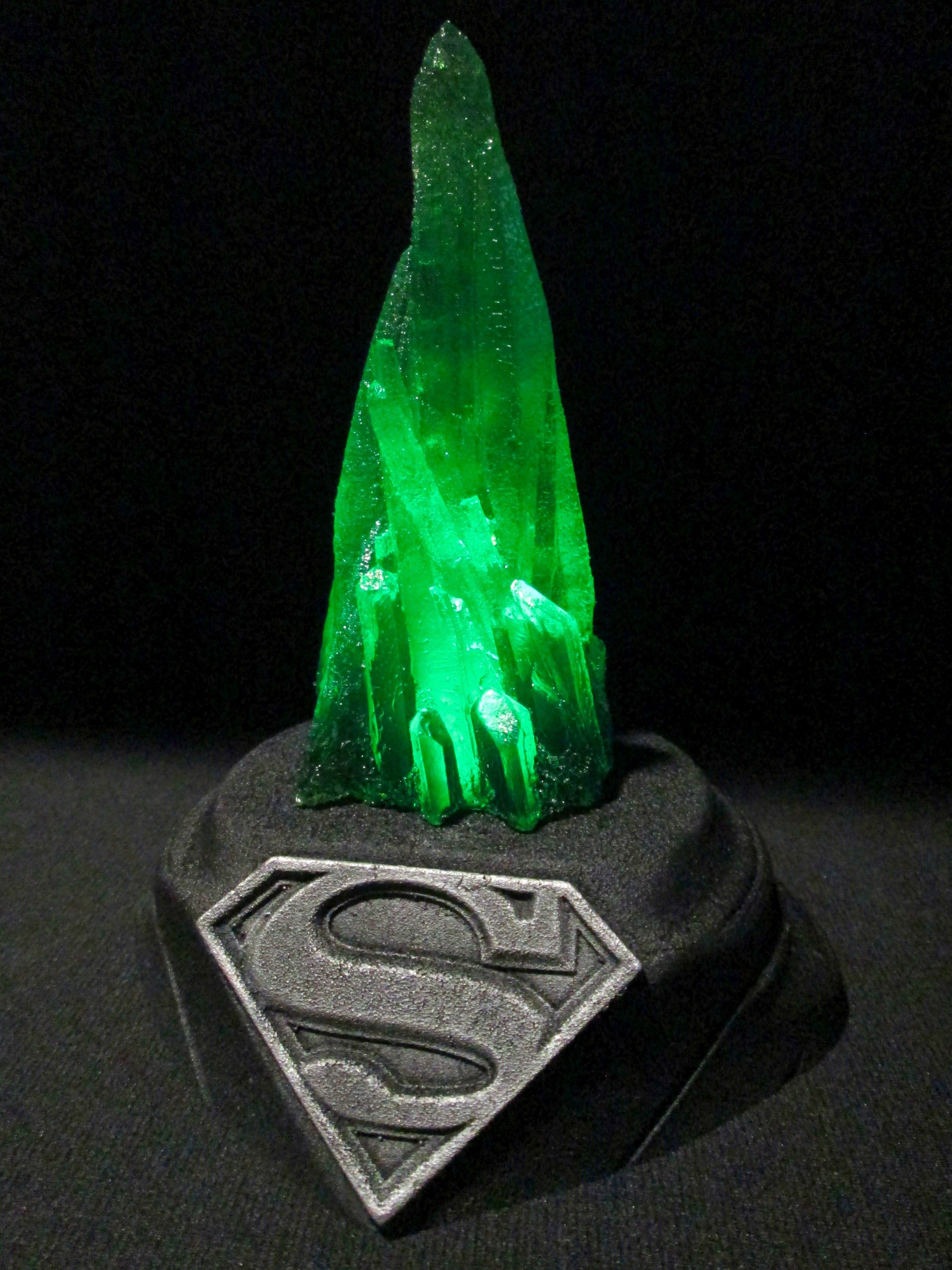 Kryptonite Light Up Replica Glow In The Dark Superman Supergirl