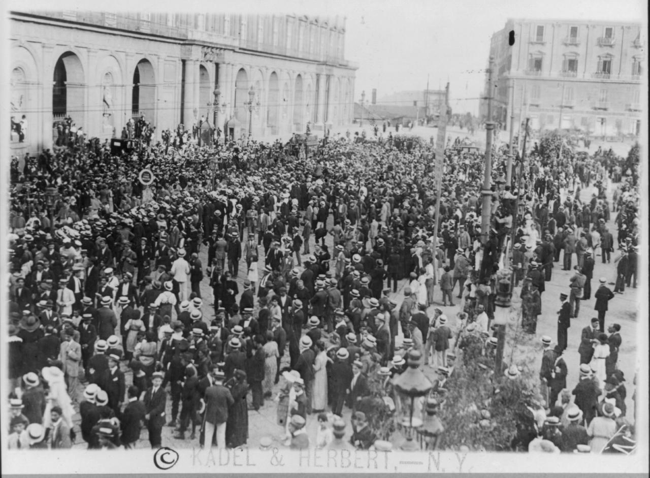Bildergebnis für enrico caruso begräbnis