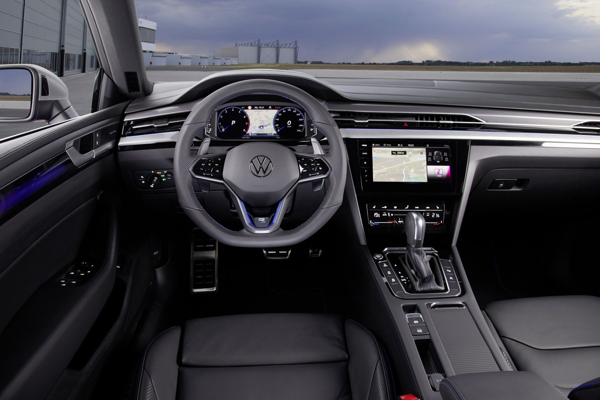 2021 Volkswagen Arteon R Arrives With 316 Horsepower Turbo 4 In 2020 Volkswagen Volkswagen Car Turbo