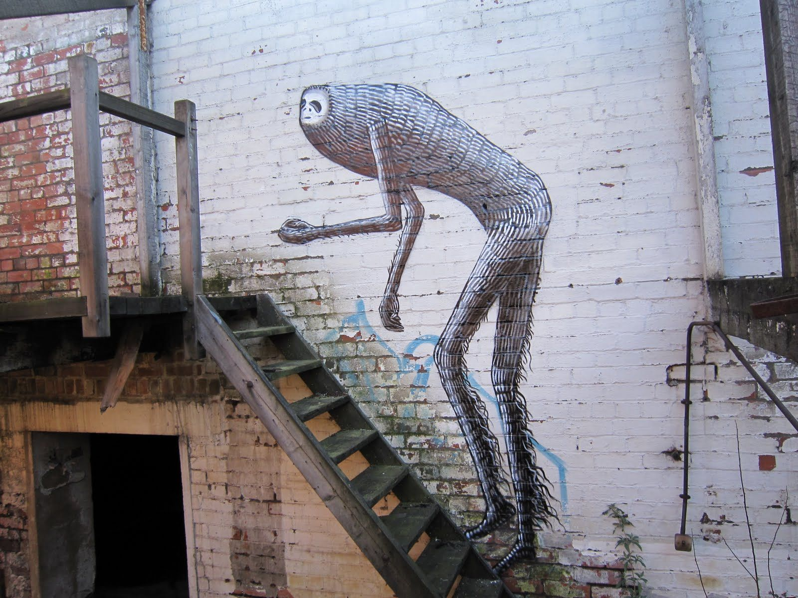 Phlegmjpg Visual Stimulation Pinterest Street - Awesome mechanical shark mural phlegm