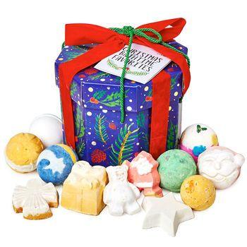 Christmas Bathtime Favorites Gift Lush Christmas Lush Christmas Gifts Favorite Things Gift