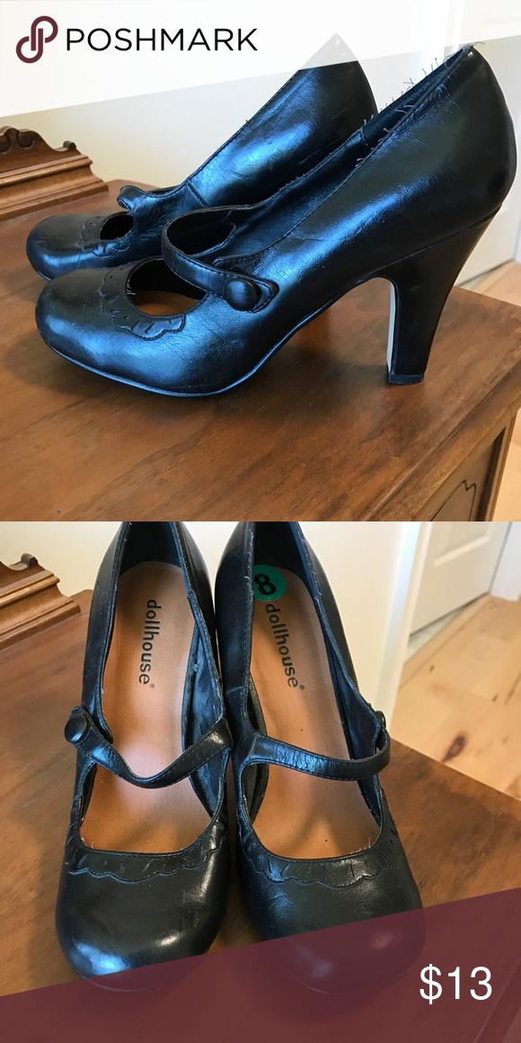 00455cdeda9 Black pumps Black dollhouse mary Jane style heels