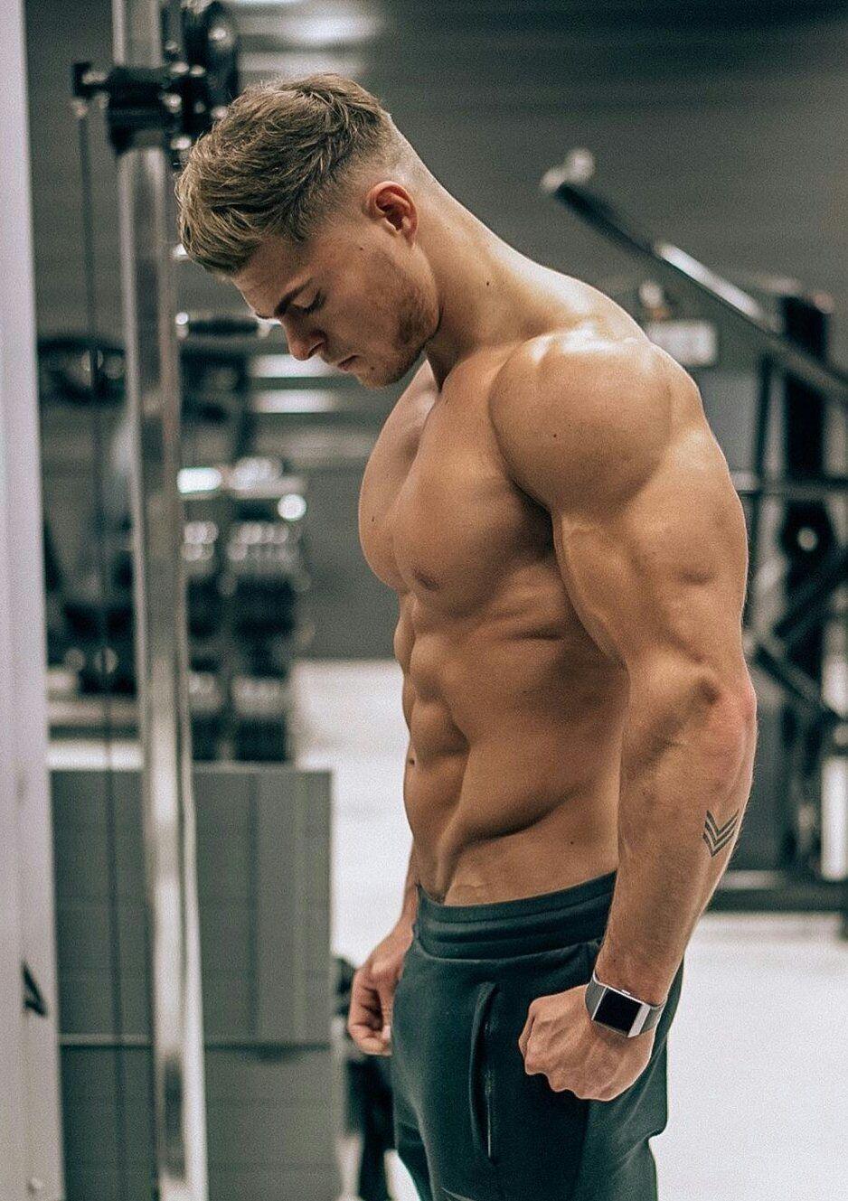 качок мышцы гей порно