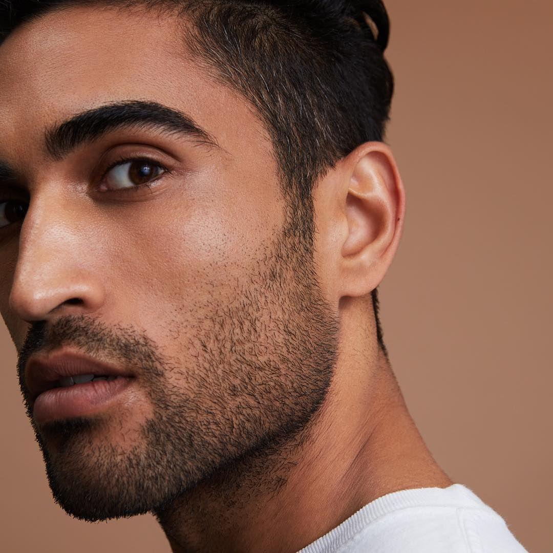 3 Tage Bart / Portrait Eines Jungen Mannes Mit 3 Tage Bart