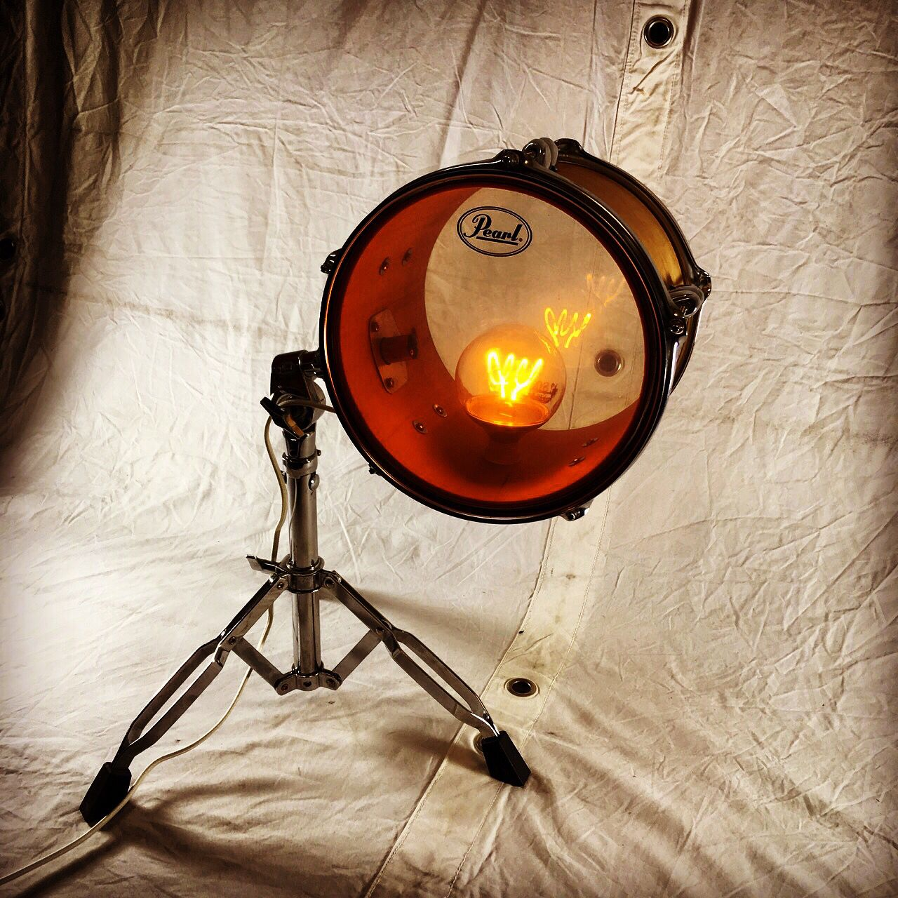 Upcycling Drum Lamp By Schlagartig Upcycling In 2020 Musikinstrumente Upcycling Beleuchtungsideen