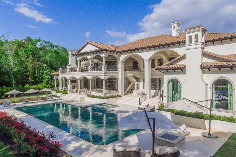 Houston Rockets Star Chris Paul Looking To Sell Stately Texas Mansion For 7m American Luxury Mansions Texas Mansions Rich Home