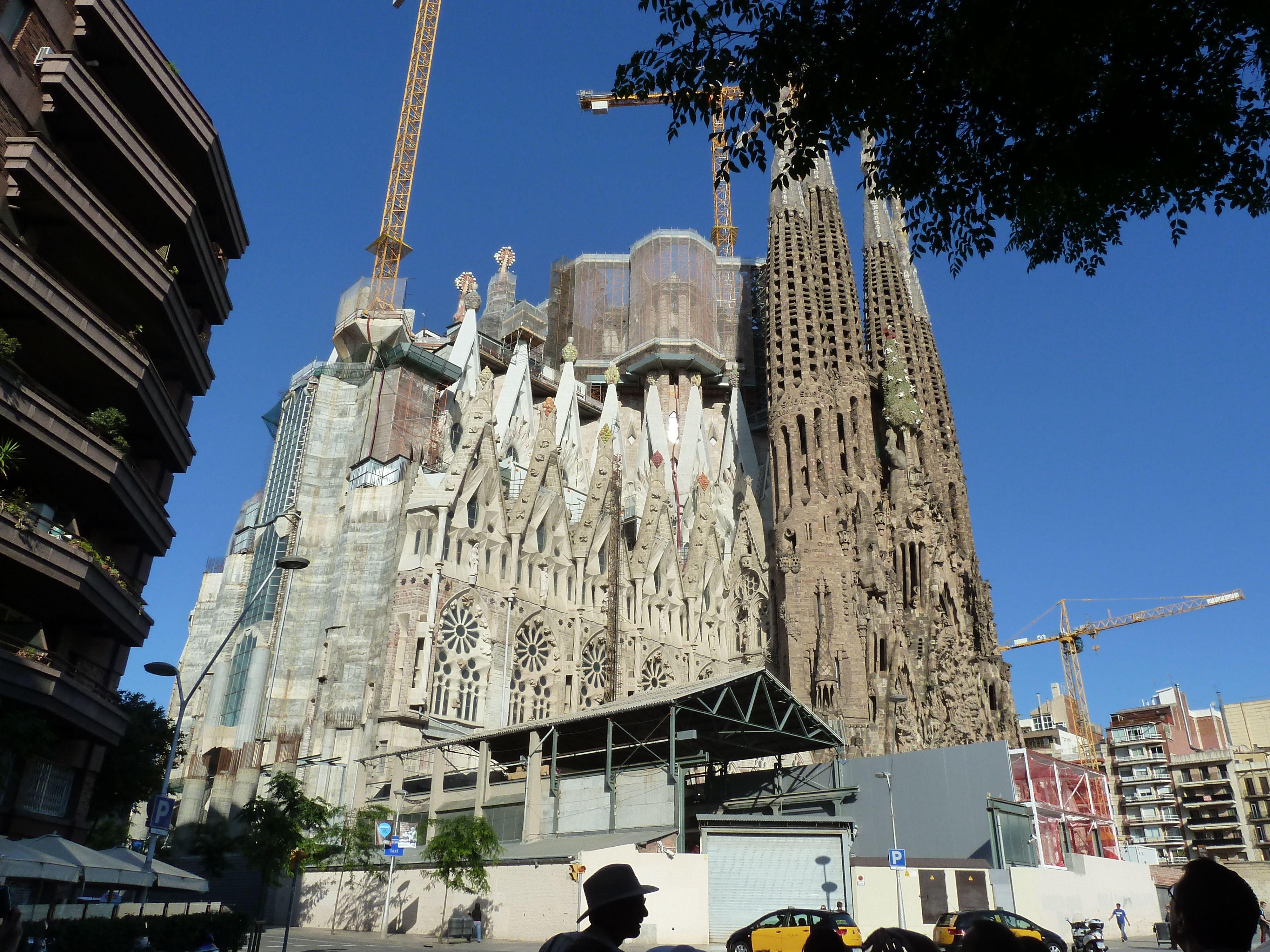 Sagrada Familia – die bis heute unvollendete Basilika und unerreichtes Meisterwerk des genialen Antoni Gaudi. Barcelona.