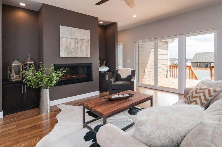 Wunderbar Farben Für Die Wohnzimmerwände Schokobraun Kaminofen Holzboden Creme Sofa
