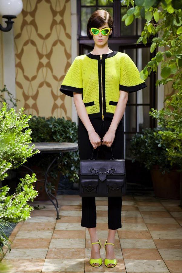 La tendencia neon/ Moschino Resort 2014