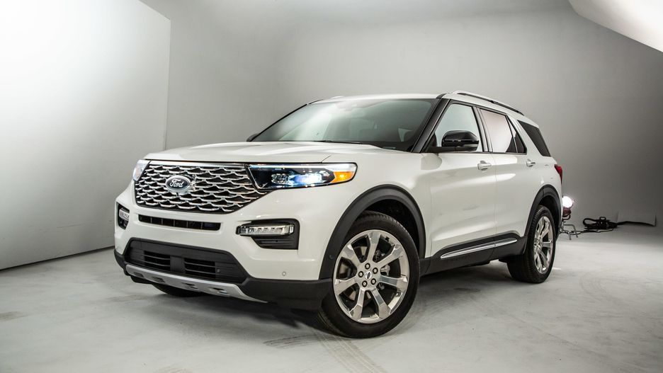 2020 Ford Explorer Is Better In Almost Every Way Roadshow 2020 Ford Explorer Ford Explorer Ford Suv