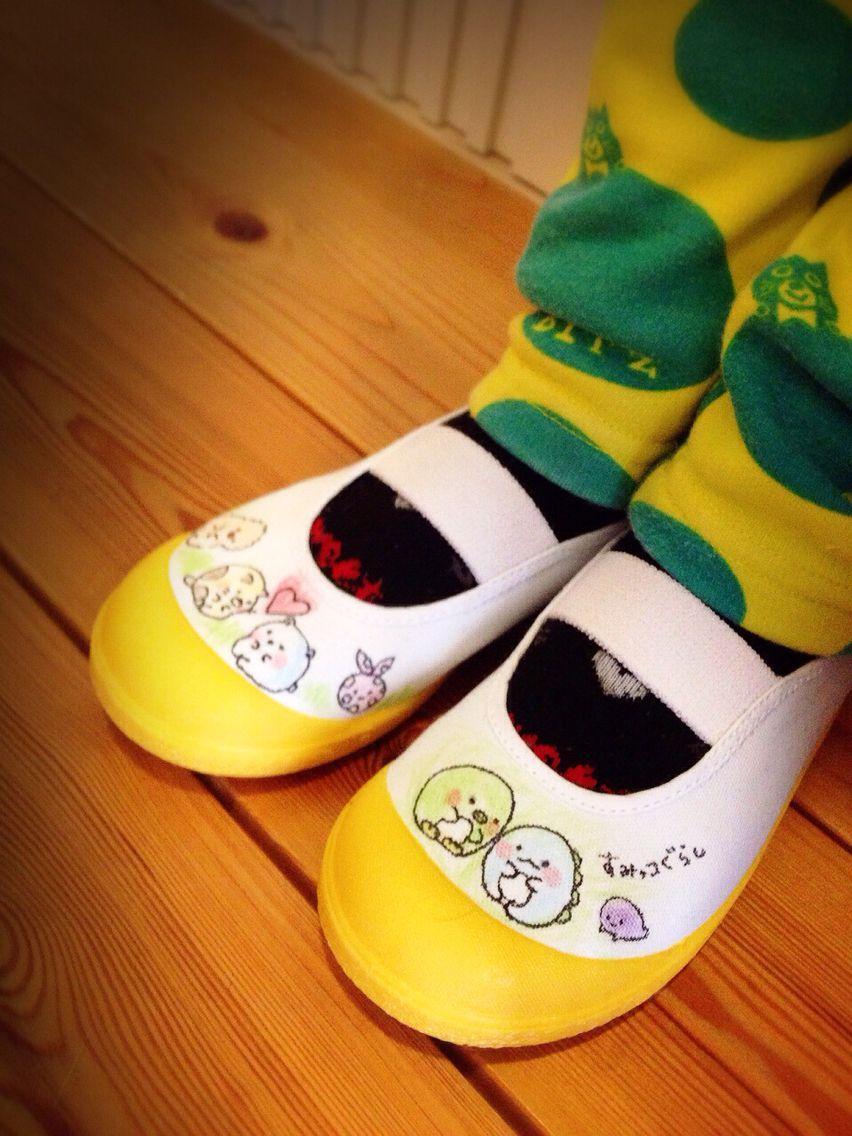 すみっコぐらし。 手描き上靴。 子供お気に入り♡