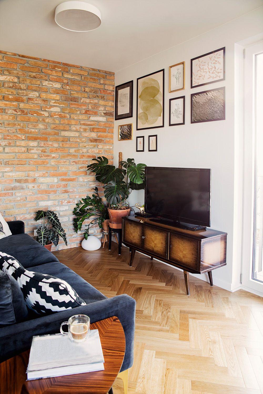 Wandgestaltung Im Wohnzimmer Tipps Zu Farben Tapeten Wandtattoos Große Wohnzimmer Wohnzimmerwand Wohnzimmer Ideen