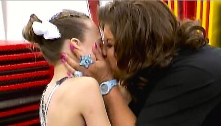 Mom and daughter first lesbian sex