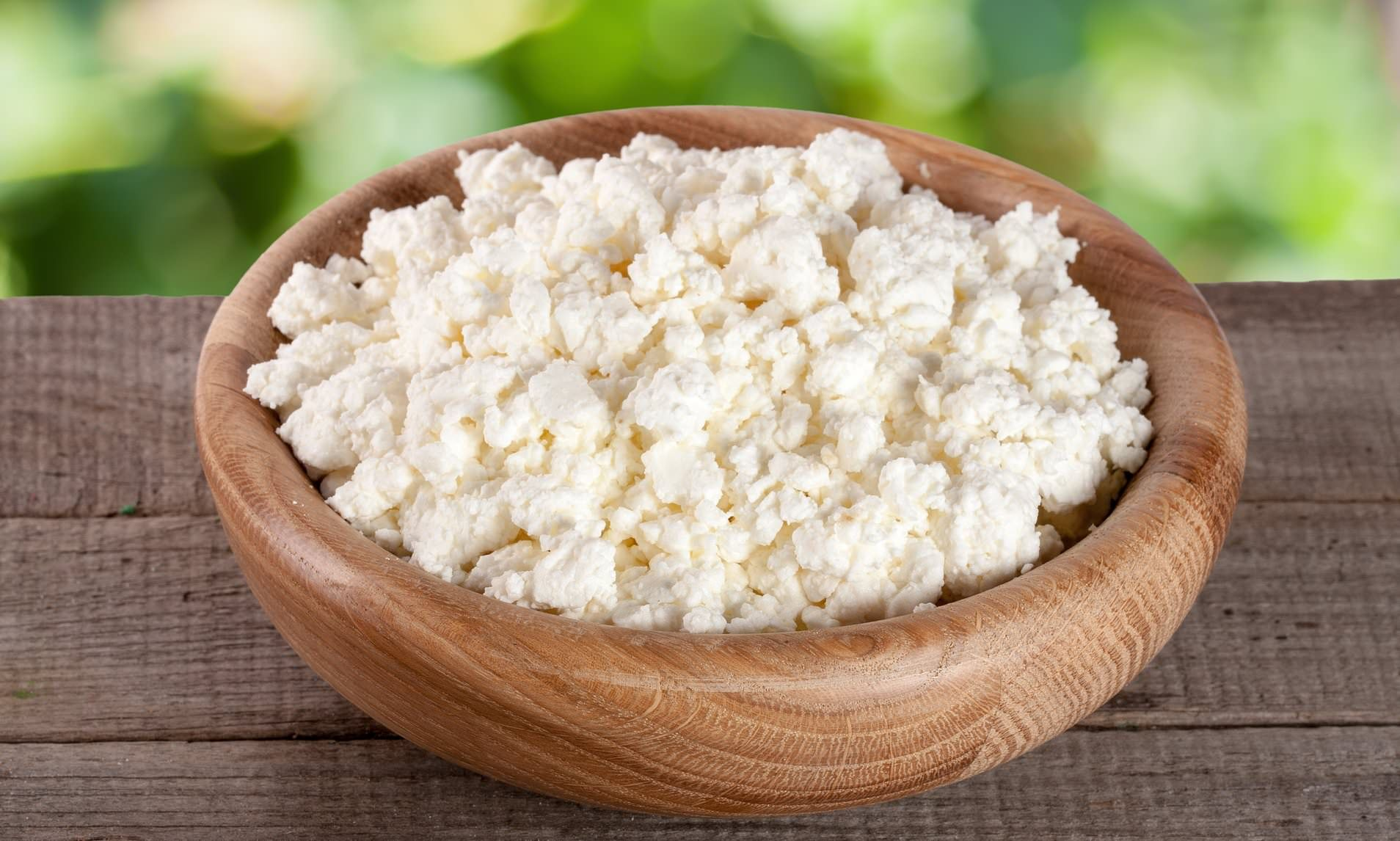 Eating Cottage Cheese Before Bed Could Make You Healthier