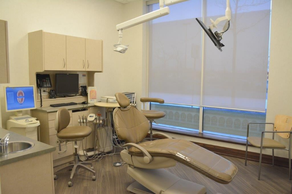 Modern and fullyequipped operatory at Oshawadentist Dr