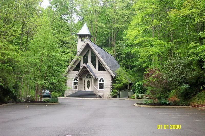 Webshots Today S Photo Chapel Wedding Gatlinburg Weddings Wedding Chapel Decorations