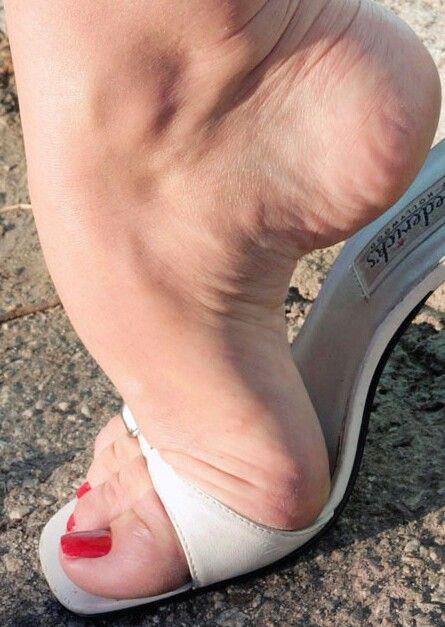 Arched Feet Fetish