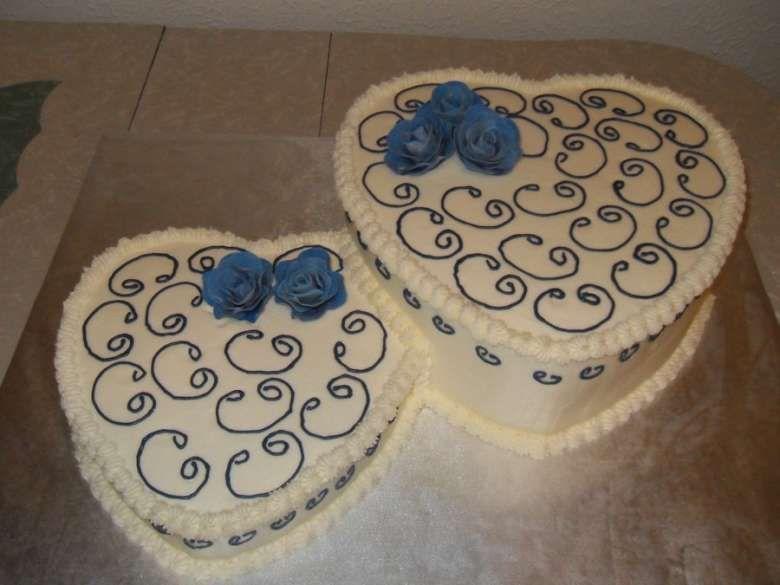 Torte nuziali a forma di cuore   Pastel en forma de ...