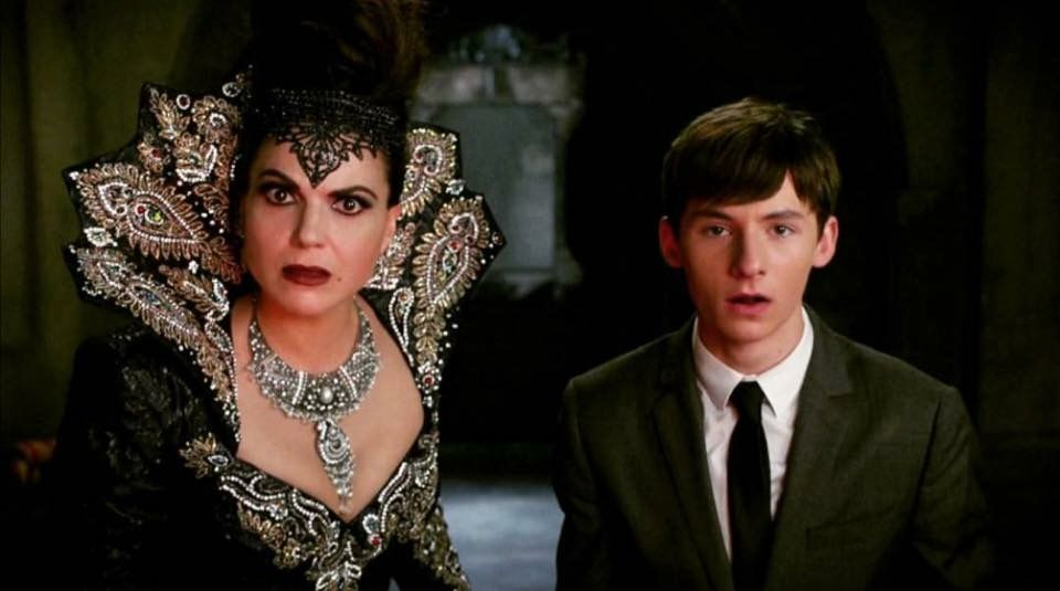 Awesome Evil Queen Regina and Henry (Lana and Jared) #Once #S6 E8 #IllBeYourMirror aired Sunday 11-13-16