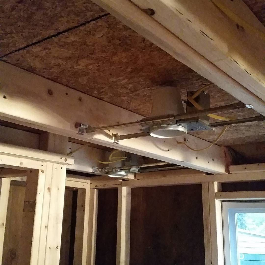 The Bathroom Has Been Wired Up For Recessed Lighting And Exhaust Fan Tinyhousemovement Tinyhouse Diy Electricity Recessedligh With Images Recessed Lighting Tiny House