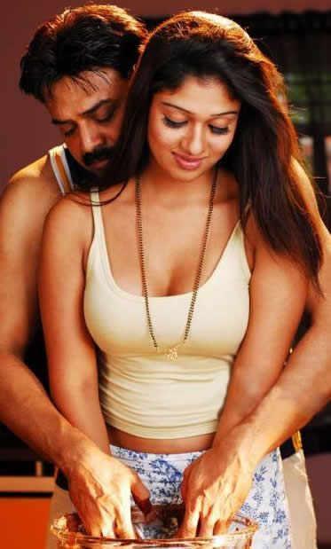 Nayanthara sexy boobs photos
