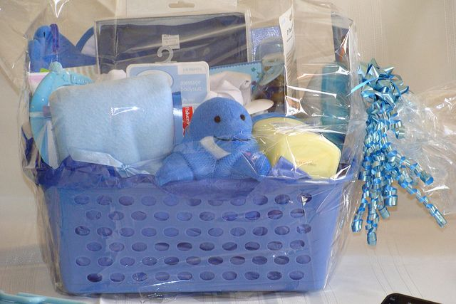 Cutiebabes.com Baby Shower Gift Basket Ideas (07) #babyshower