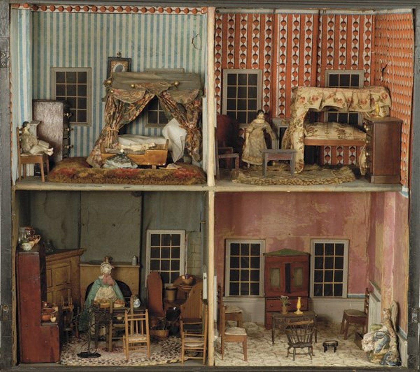 375 18th Century English Cabinet Dolls House Antique